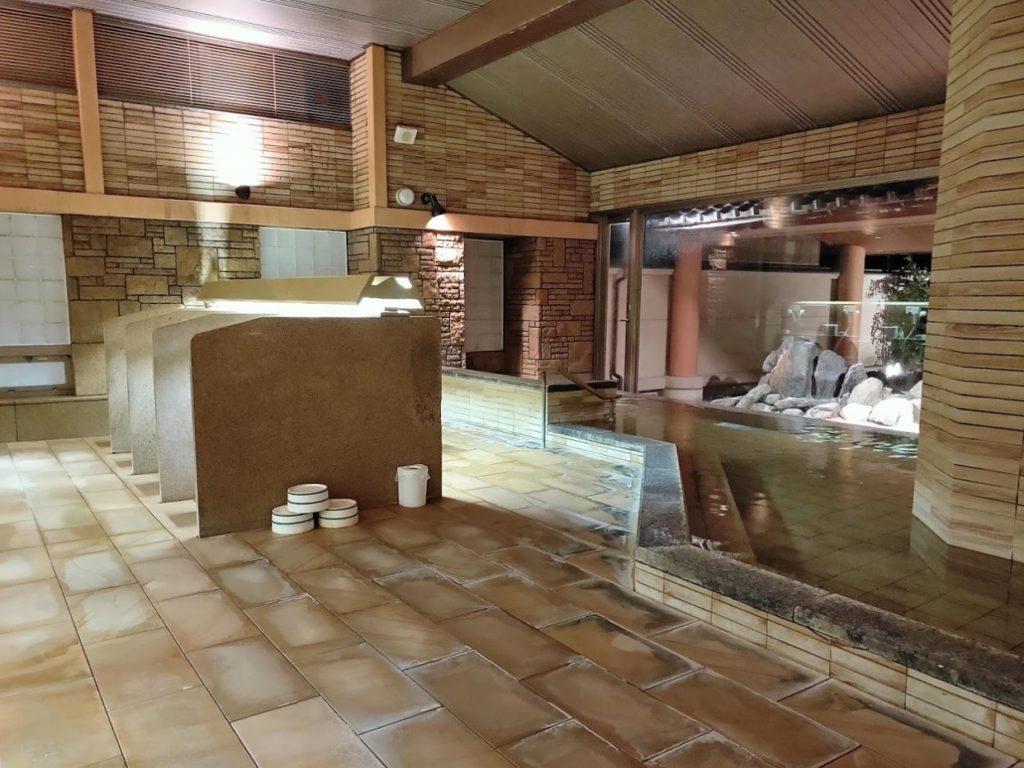 華水亭の新館の内風呂