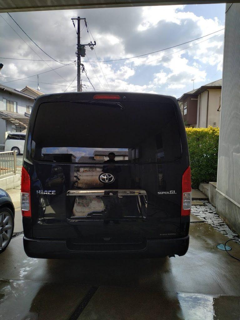 ハイエース洗車真後ろからの画像