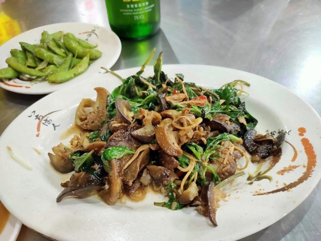 阿美海産店の炒螺肉