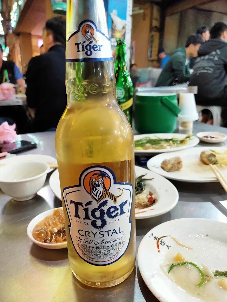 阿美海産店のタイガービール