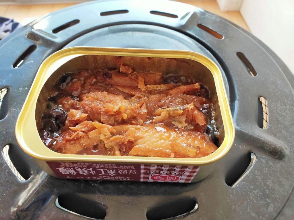台湾鰻缶詰豆の実食