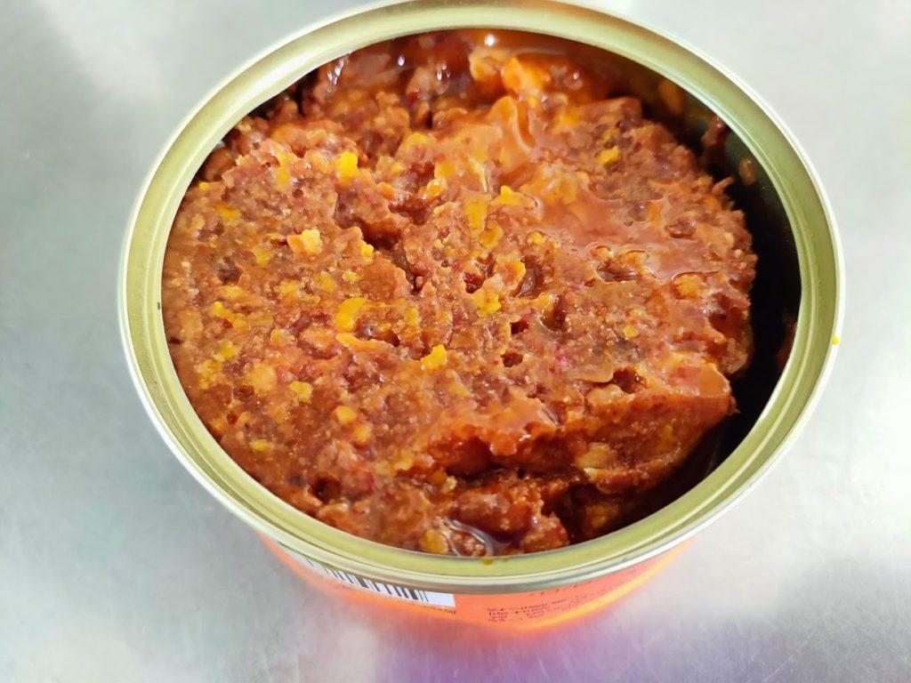 台糖安心豚猪肉醤の缶詰を開けたところ