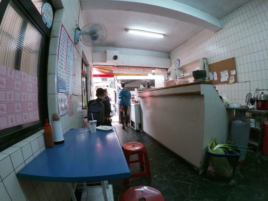 王媽媽早餐店の店内