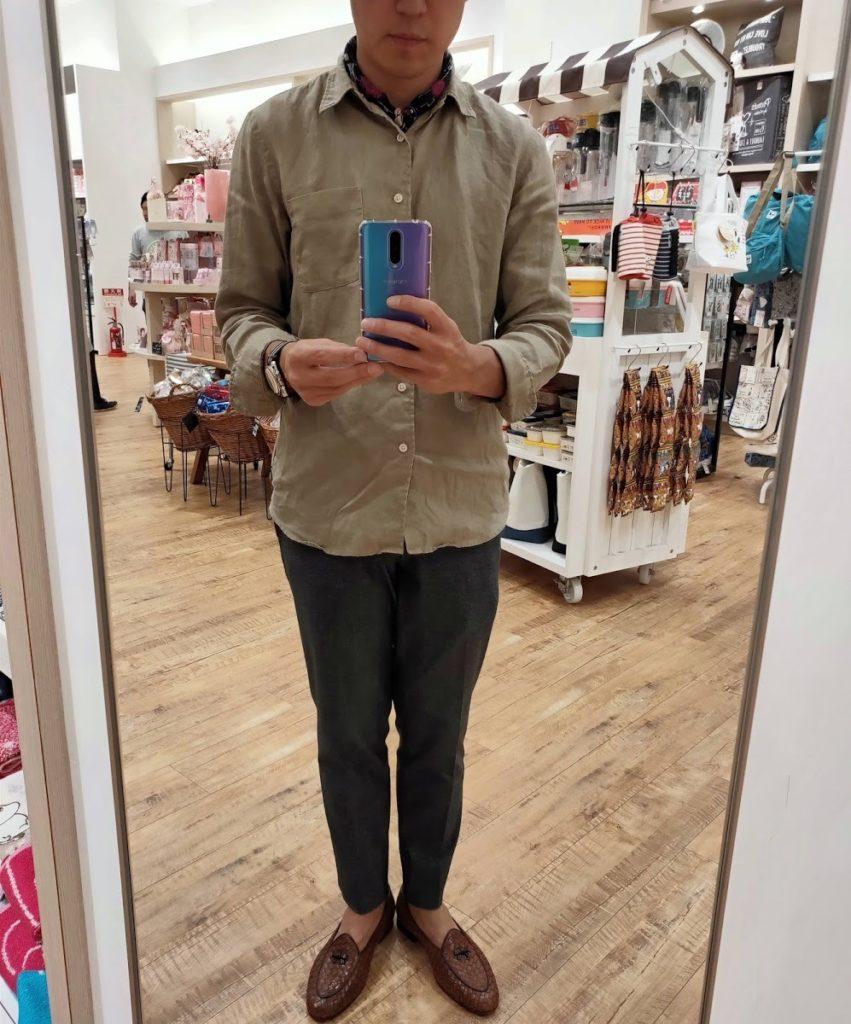 ユニクロプレミアムリネンシャツ去年モデルサイズMその2
