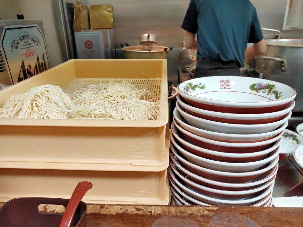 尾道ラーメン一丁店内の生麺