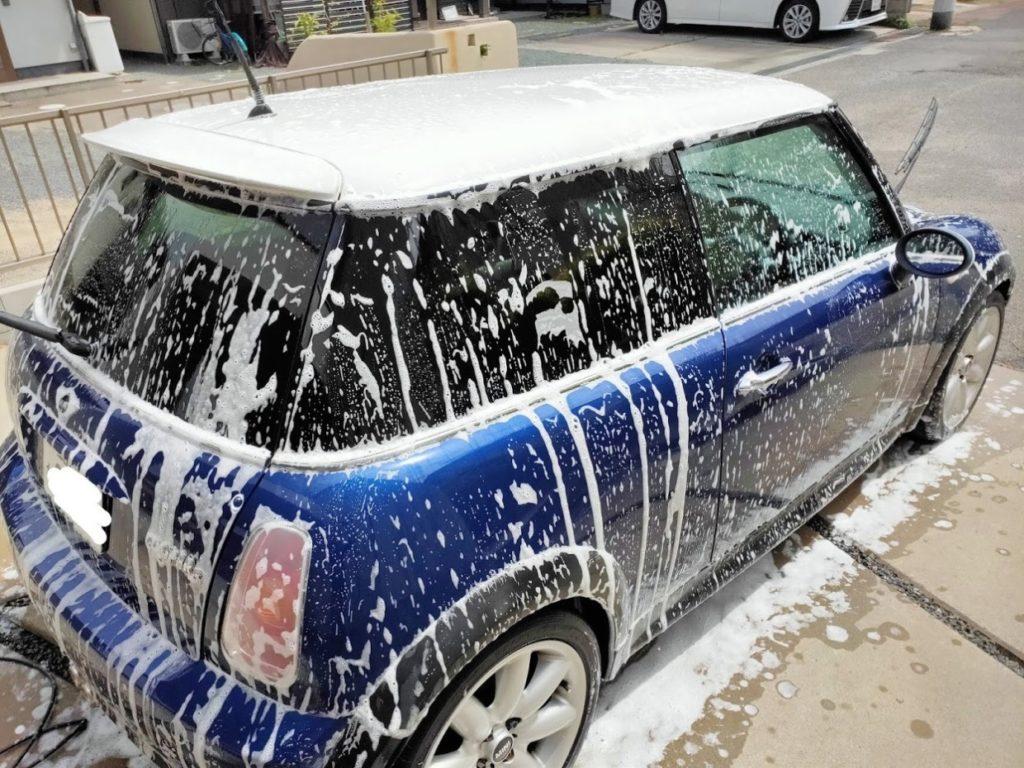 ミニクーパーS洗車中サイド