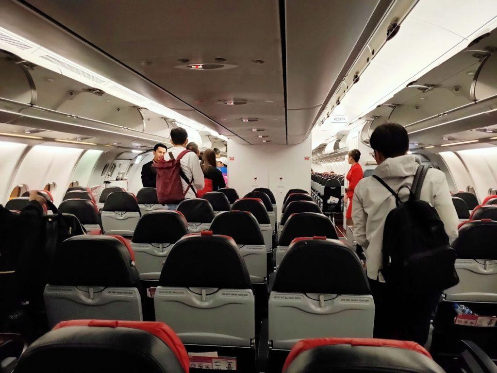 エアアジア機内のシート配置