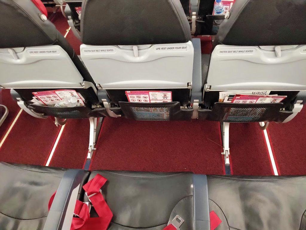 エアアジア機内のシートの余裕