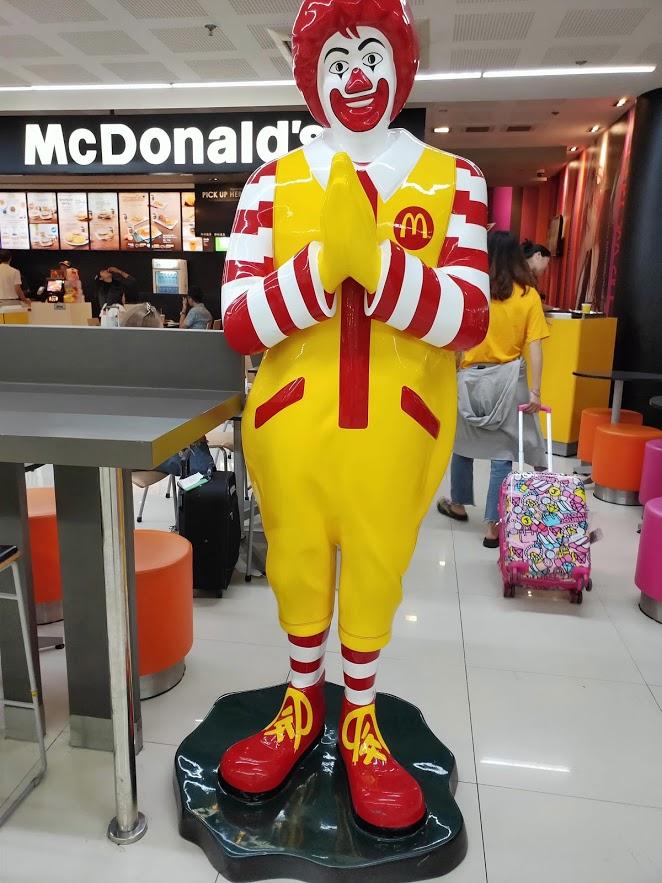 ドンムアン空港のマクドナルド