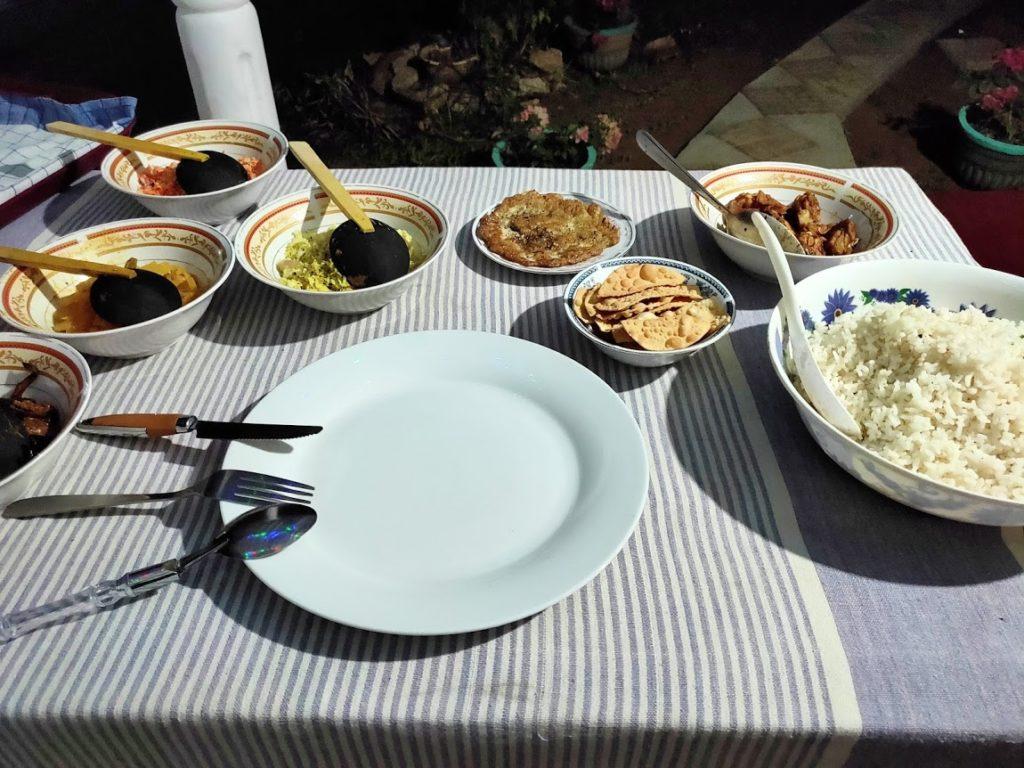 シギリヤロックビューホームステイの夕食2