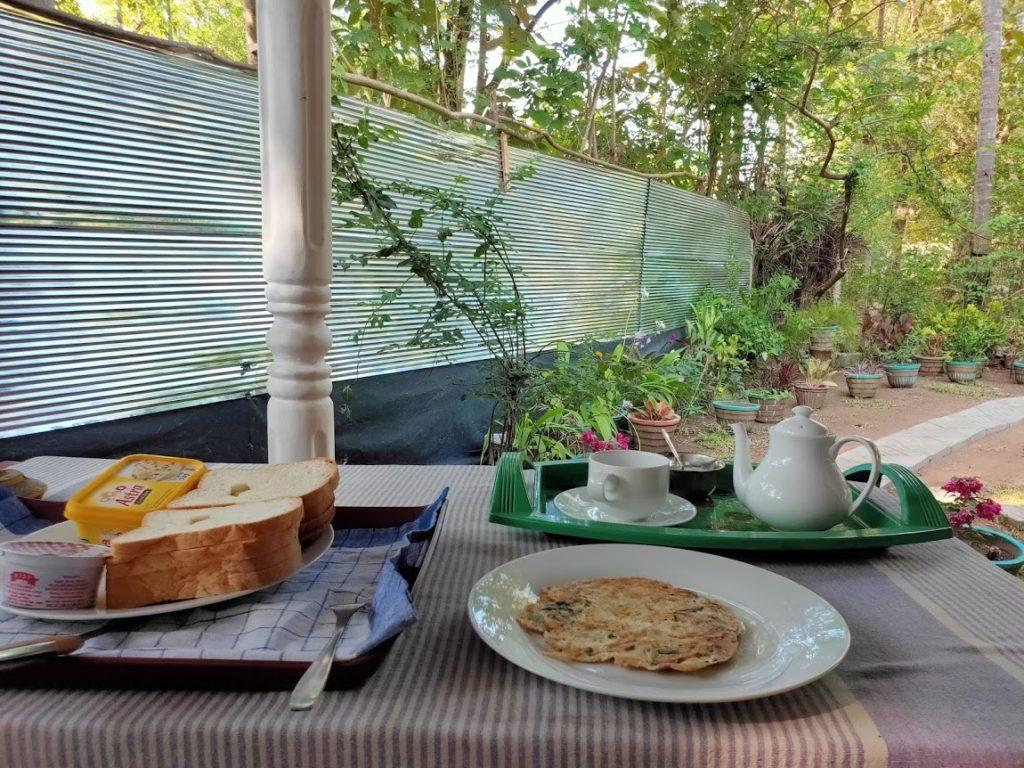 シギリヤロックビューホームステイの朝食