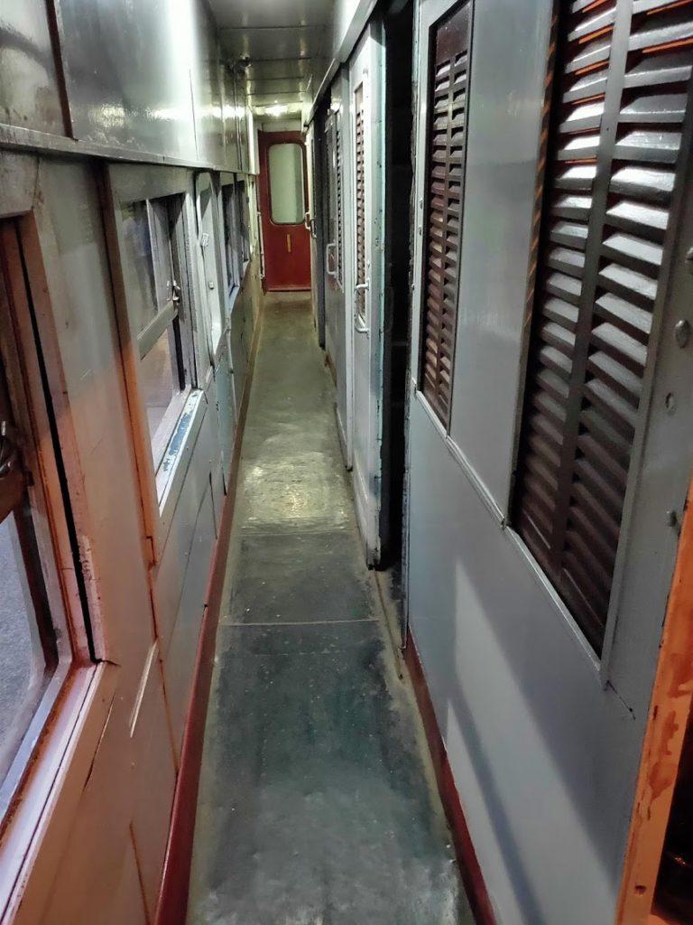 寝台列車の一等車