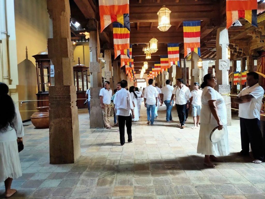 佛歯寺の廊下