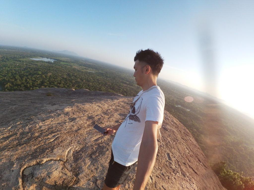ピドゥランガラロックからの風景