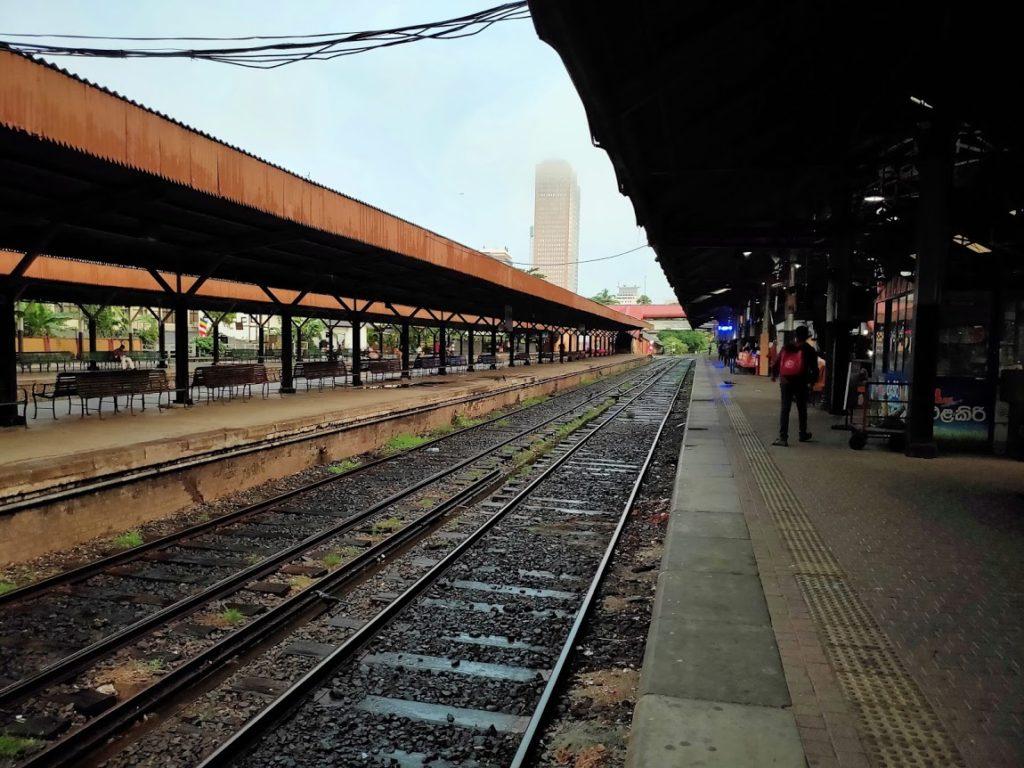コロンボ駅と鉄道