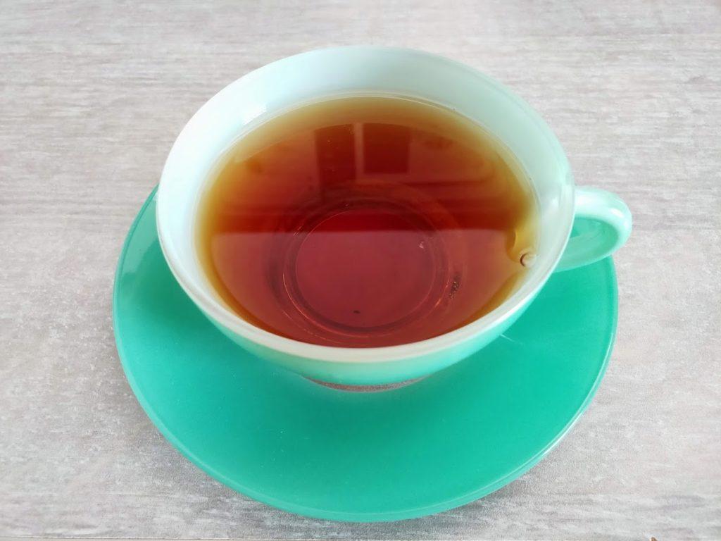 ティーカップと紅茶