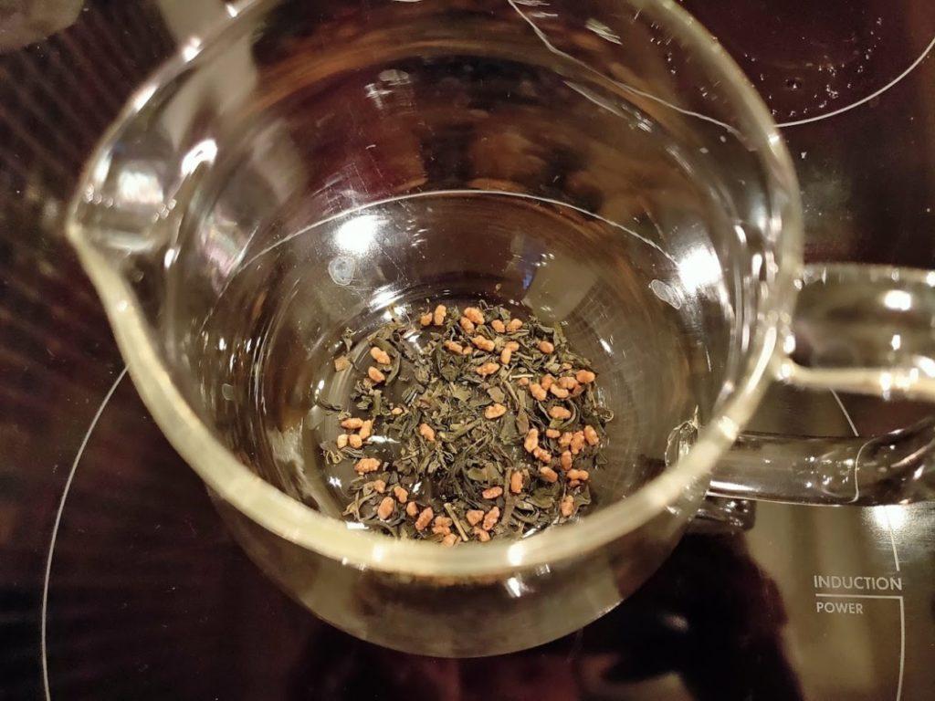台湾リプトンの玄米茶の茶葉