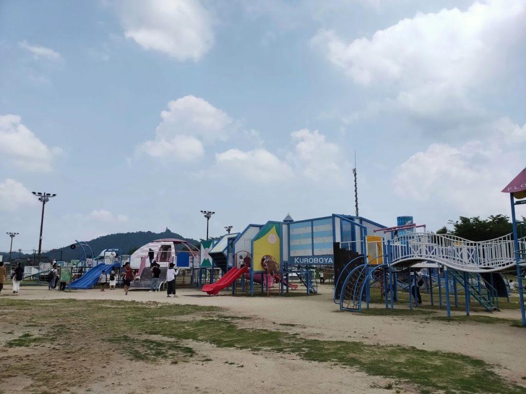 道の駅湖畔の里福富の公園の施設