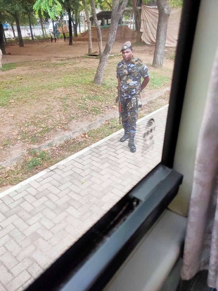 バンダラナイケ国際空港の軍隊