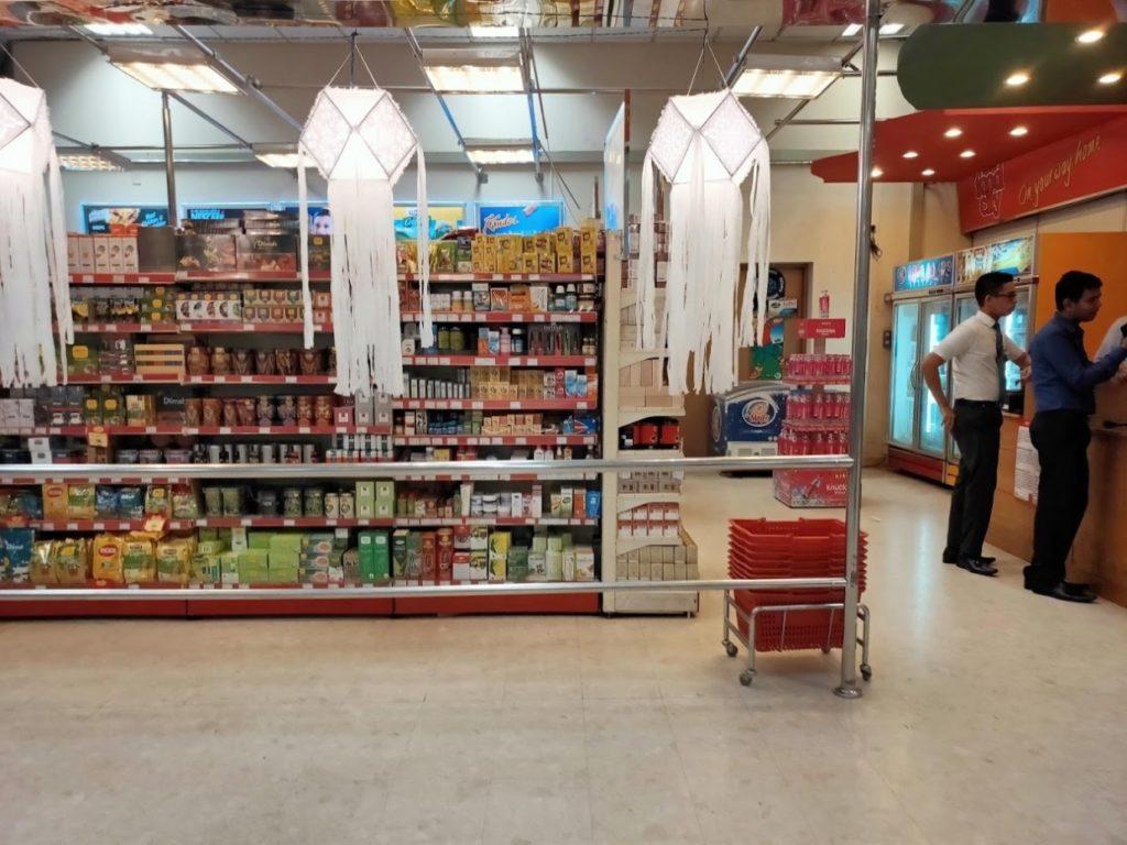 バンダラナイケ国際空港の店