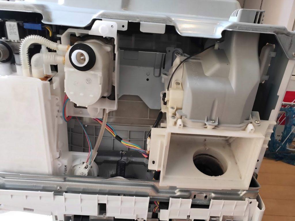 パナソニック洗濯機分解2