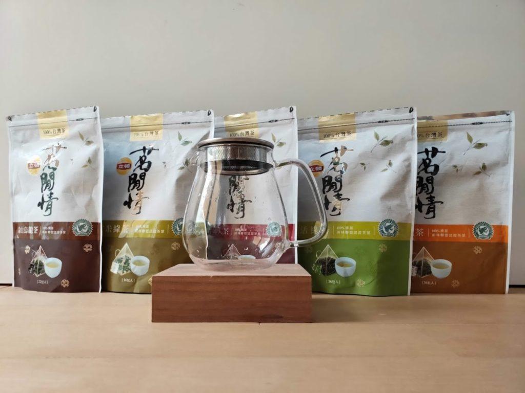 リプトンの台湾茶とKINTOのUNITEA1