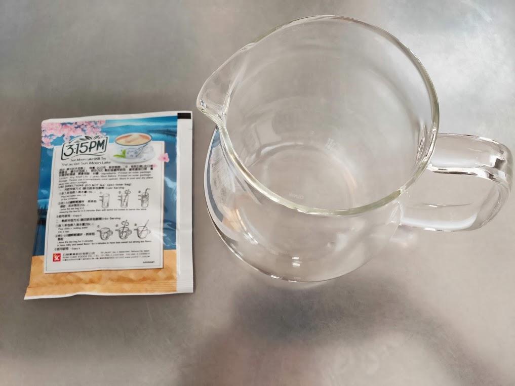3點1刻紅茶とティーポット