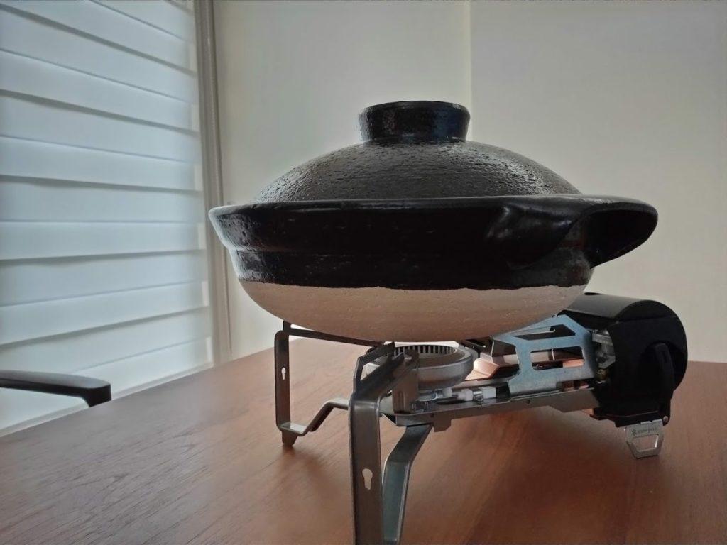 スノーピークガスバーナーと土鍋の使用1