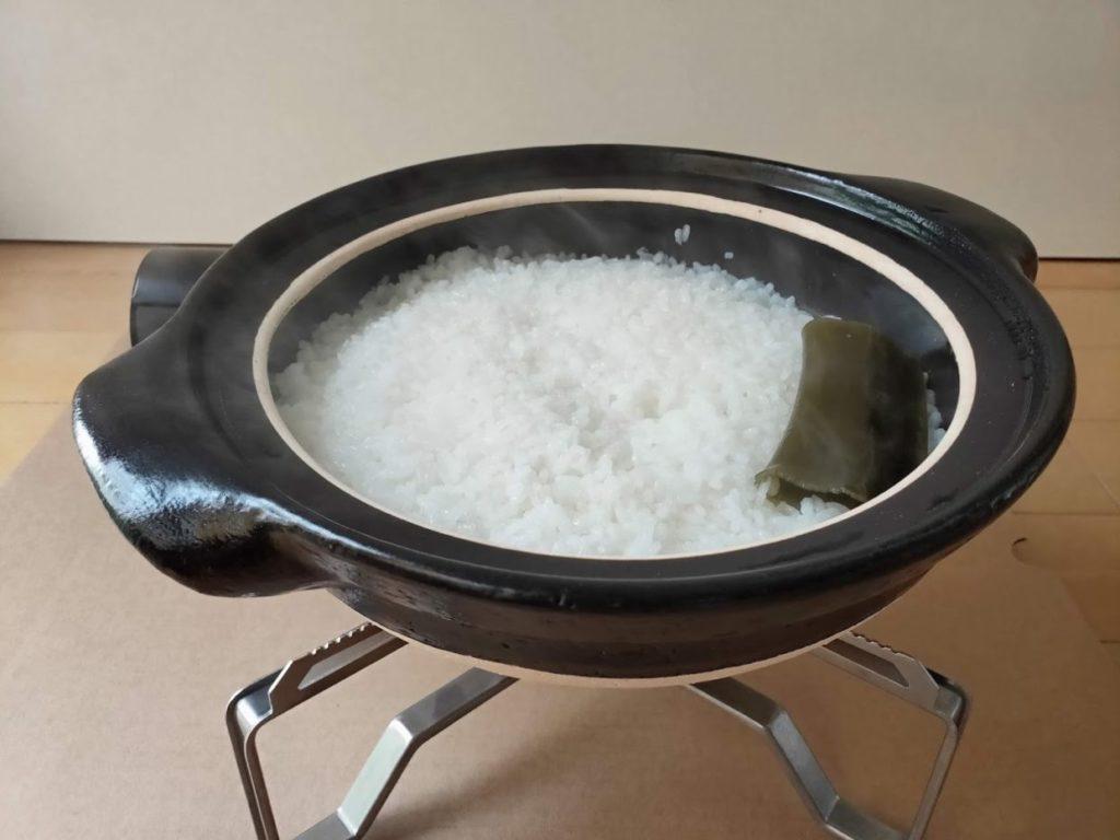 土鍋で炊飯弱火で炊く