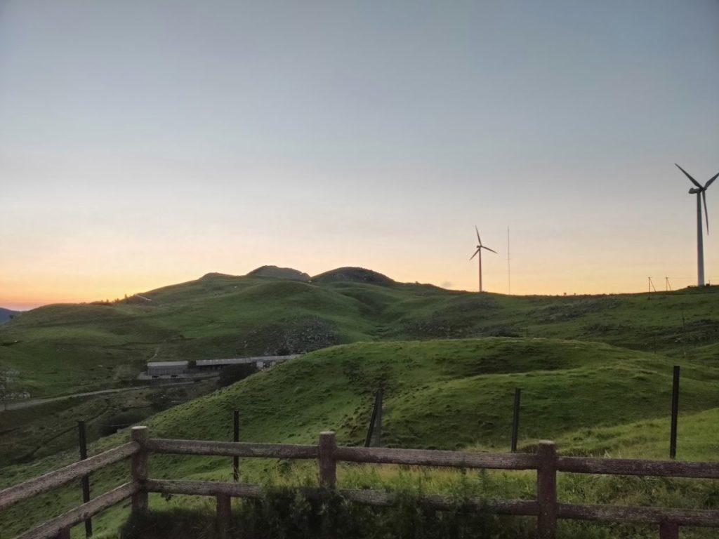 姫鶴平キャンプ場からの朝の景色