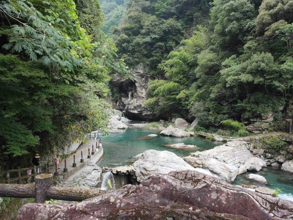 中津渓谷の全景