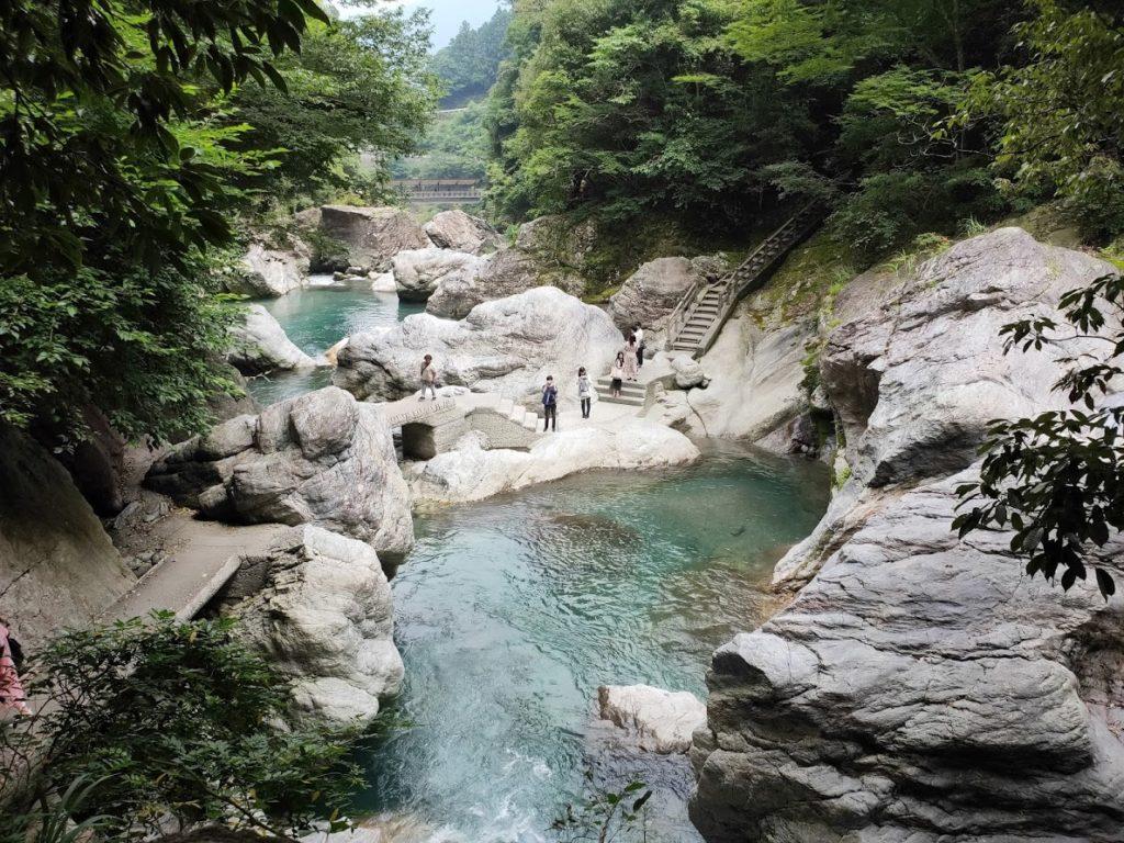 中津渓谷の川の景色
