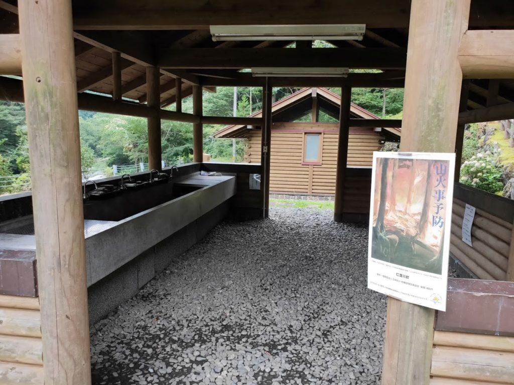 夢の森公園キャンプ場の炊事場詳細