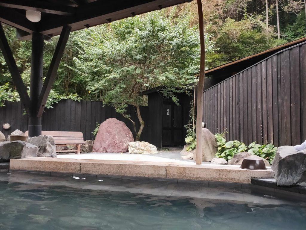 そうだ山温泉の露天風呂4