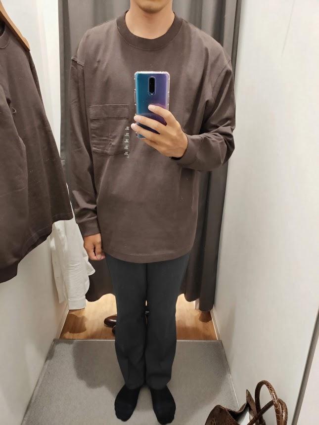 ユニクロUクルーネックロングTシャツサイズXL前