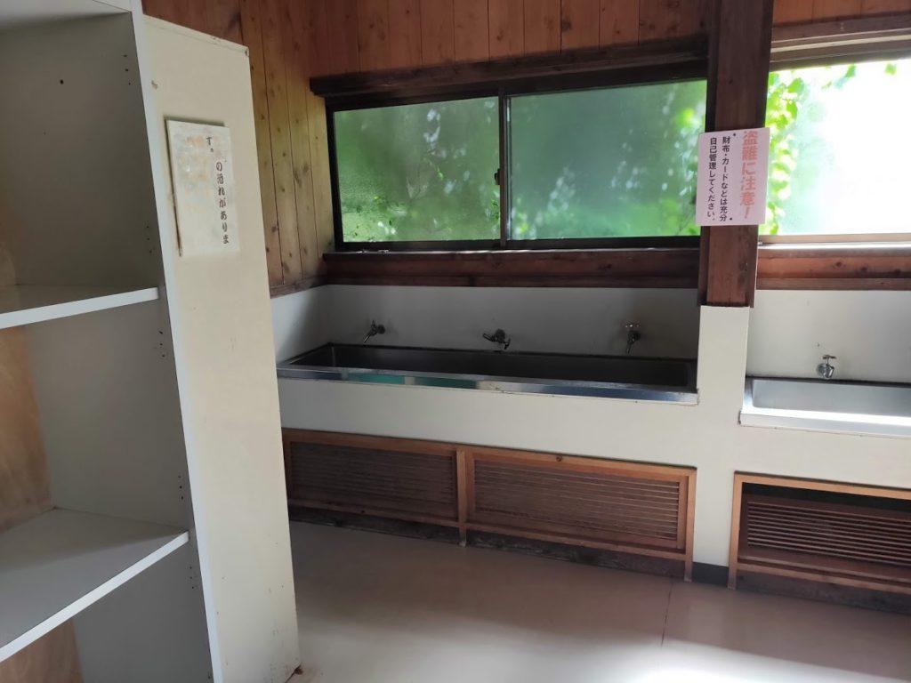 九重グリーンパーク泉水キャンプ村の風呂場
