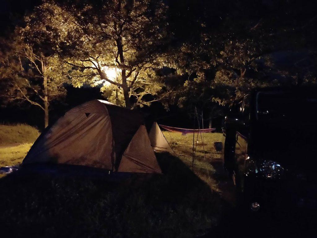 九重グリーンパーク泉水キャンプ村の夜の景色