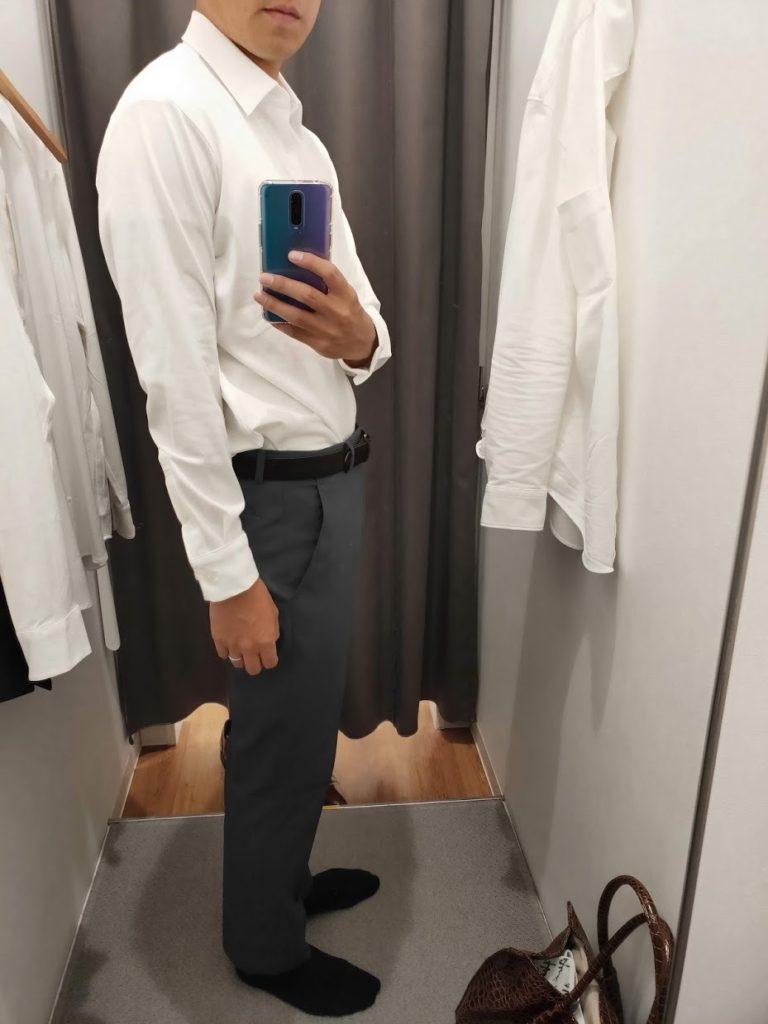 ユニクロイージーケアジャージシャツの白サイズM右