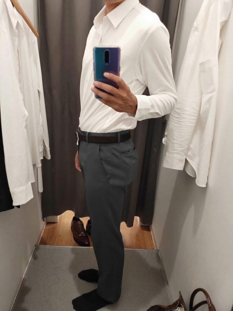 ユニクロイージーケアジャージシャツの白サイM左