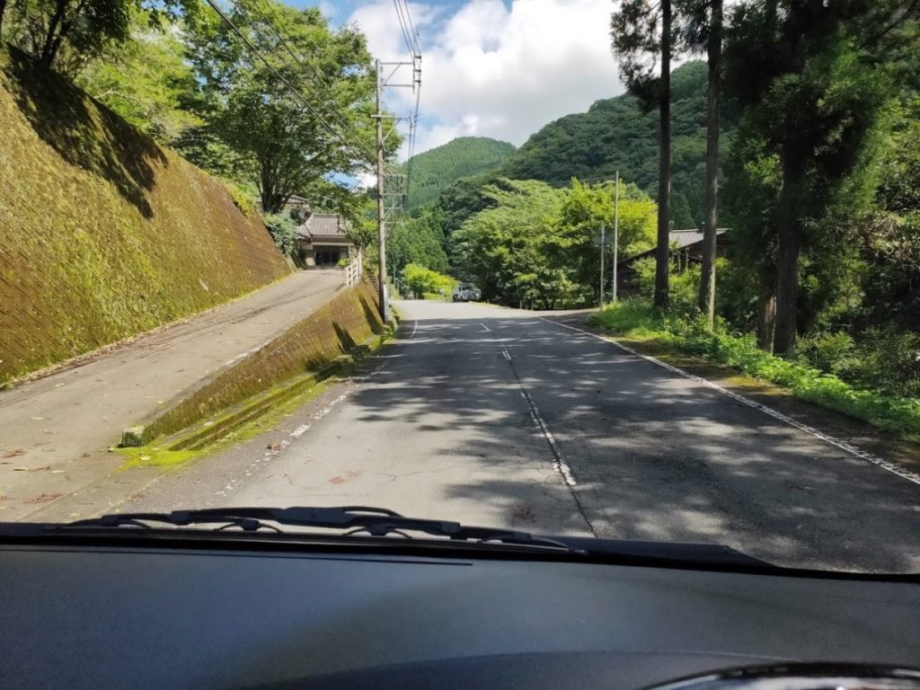 日田市小野川自然プールへ行く道
