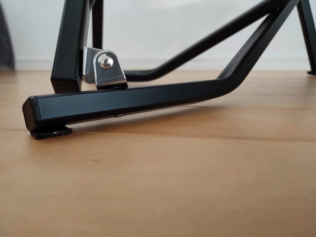 スノーピークローチェアショートアイボリー脚の設置部分