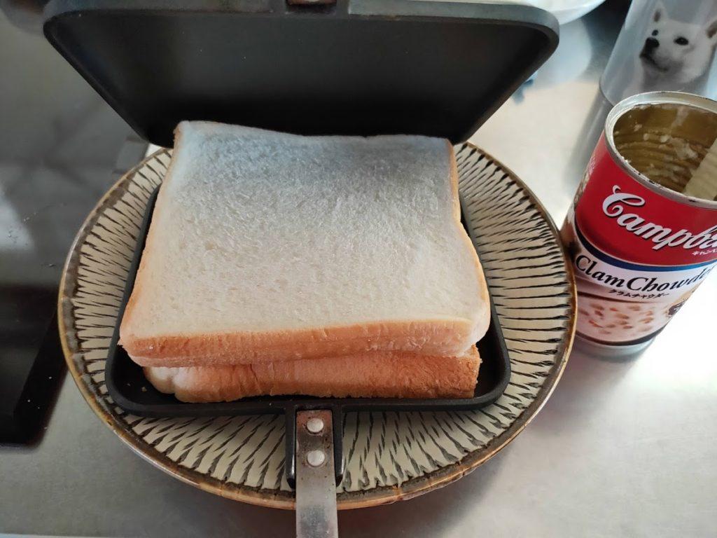 パンとホットサンド閉める前