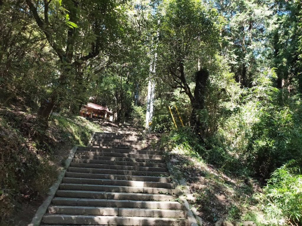 10番切幡寺の多くの階段