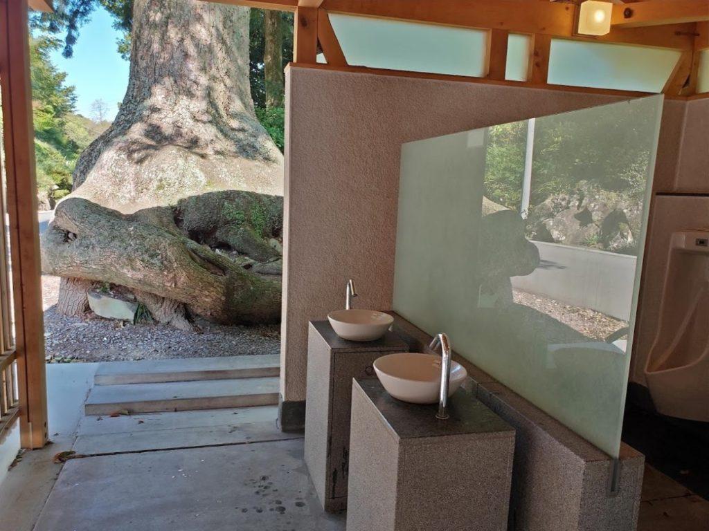 81番白峯寺のトイレ