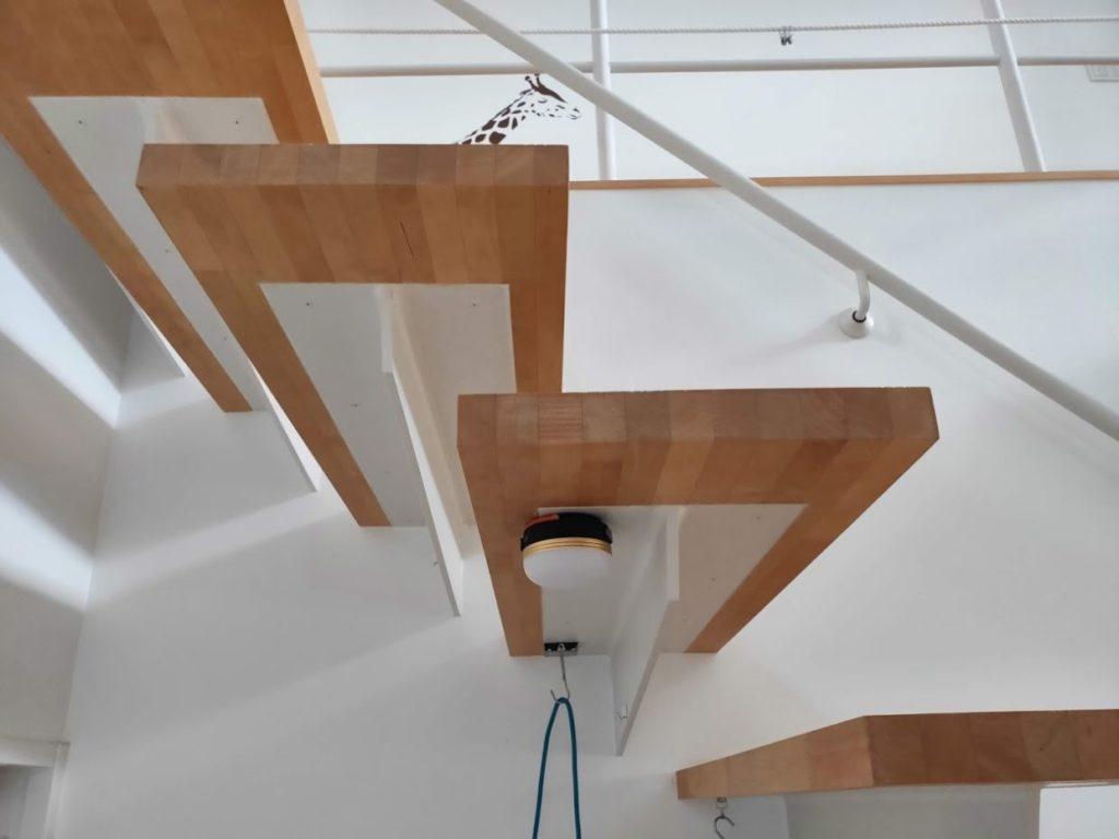 LEDランタン磁石階段