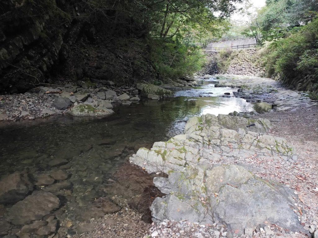美霞洞渓谷の水遊び場1