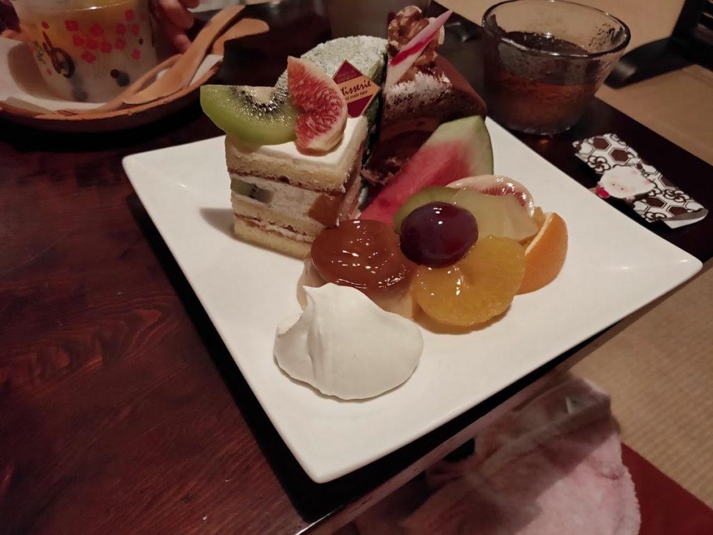 白栄堂のケーキプレート2