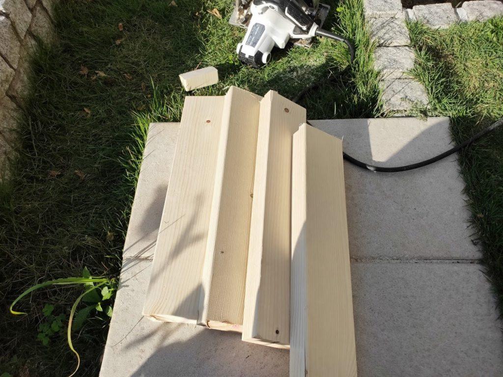 ソーホースブラケットの木材カット終了