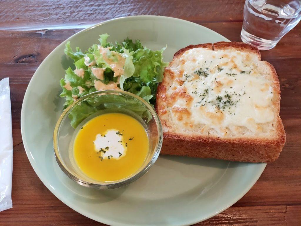 パン屋空の朝食1