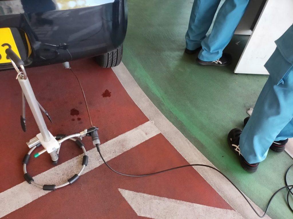 軽自動車車検の排ガスチェック